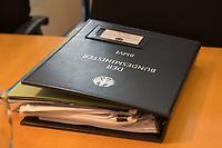 In einer nichtoeffentlichen Sondersitzung des Bundestagsausschuss fuer Verkehr und digitale Infrastruktur, am Mittwoch den 24. Juli 2019, berichtete Bundesverkehrsminister Andreas Scheuer (CSU) dem Ausschuss ueber Vertragsinhalte und moegliche Schadensersatzansprueche im Hinblick auf Kuendigungen von Vertraegen zur Infrastrukturabgabe (MAUT) in Folge des Urteils des Europaeischen Gerichtshofs (EuGH). Das Verkehrsministerium hatte, noch bevor die Einfuehrung der MAUT rechtsgueltig haette werden koenne, millionenschwere Vertraege mit Firmen abgeschlossen.<br /> 24.7.2019, Berlin<br /> Copyright: Christian-Ditsch.de<br /> [Inhaltsveraendernde Manipulation des Fotos nur nach ausdruecklicher Genehmigung des Fotografen. Vereinbarungen ueber Abtretung von Persoenlichkeitsrechten/Model Release der abgebildeten Person/Personen liegen nicht vor. NO MODEL RELEASE! Nur fuer Redaktionelle Zwecke. Don't publish without copyright Christian-Ditsch.de, Veroeffentlichung nur mit Fotografennennung, sowie gegen Honorar, MwSt. und Beleg. Konto: I N G - D i B a, IBAN DE58500105175400192269, BIC INGDDEFFXXX, Kontakt: post@christian-ditsch.de<br /> Bei der Bearbeitung der Dateiinformationen darf die Urheberkennzeichnung in den EXIF- und  IPTC-Daten nicht entfernt werden, diese sind in digitalen Medien nach §95c UrhG rechtlich geschuetzt. Der Urhebervermerk wird gemaess §13 UrhG verlangt.]