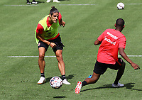 Goncalo Paciencia (Eintracht Frankfurt) gegen Evan N'Dicka (Eintracht Frankfurt) - 08.08.2018: Eintracht Frankfurt Training, Commerzbank Arena<br /> <br /> DISCLAIMER: <br /> DFL regulations prohibit any use of photographs as image sequences and/or quasi-video.