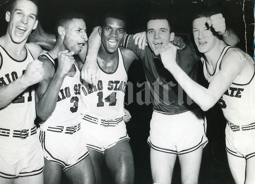 OSU Men's Basketball, Feb. 27, 1960, This is the starting Ohio State team which helped to bring Ohio State to its first undisputed Big 10 Championship in 10 years, left to right: Larry Siegfried, Mel Nowell, Joe Roberts, Jerry Lucas and John Havlicek. This picture was taken after the Bucks had wrapped up thier 12th straight. (Columbus Dispatch Photo by Bill Foley )