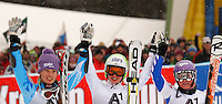 ATENCAO EDITOR IMAGEM EMBARGADA PARA VEICULOS INTERNACIONAIS - SEMMERING, AUSTRIA, 28 DEZEMBRO 2012 - AUDI FIS ALPINE WORLD CUP - A atleta austriaca Anna Finninger (C) comemora vitoria na prova de Slalom Gigante do esqui Alpino durante a Audi FIS World Cup em Semmering na Austria nesta sexta-feira, 28. (FOTO: PIXATHLON / BRAZIL PHOTO PRESS).