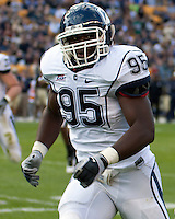 UConn linebacker Greg Lloyd. Pittsburgh Panthers defeat the University of Connecticut Huskies 24-21 on October 10, 2009 at Heinz Field, Pittsburgh, PA.