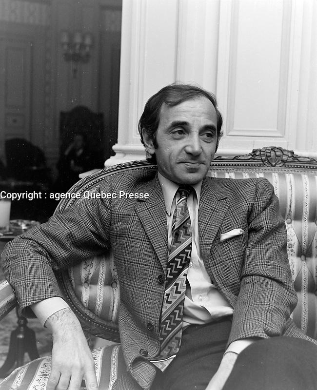 Le chanteur fran&ccedil;ais Charles Aznavour<br /> , au quebec en  1969<br /> Photographe : Photo Moderne<br /> - Agence Quebec Presse