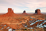 USA, Arizona; Monument Valley, Navajo Tribal Park, West Mitten Butte, East Mitten Butte and Merrick Butte