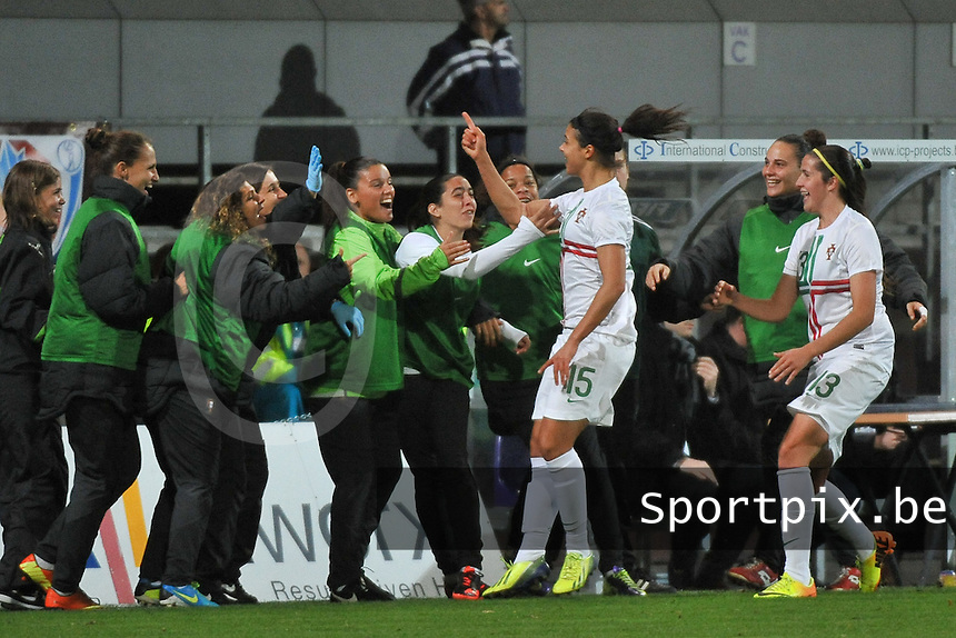 20131031 - ANTWERPEN , BELGIUM : Portugal pictured celebrating their 0-1 lead with a goal from Carole Costa (15) during the female soccer match between Belgium and Portugal , on the fourth matchday in group 5 of the UEFA qualifying round to the FIFA Women World Cup in Canada 2015 at Het Kiel stadium , Antwerp . Thursday 31st October 2013. PHOTO DAVID CATRY