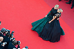 70eme Festival International du Film de Cannes. Montee de la ceremonie de cloture, vues du toit du Palais . 70th International Cannes Film Festival. Vew from rof top of closing red carpet<br /> Golan, Hofit