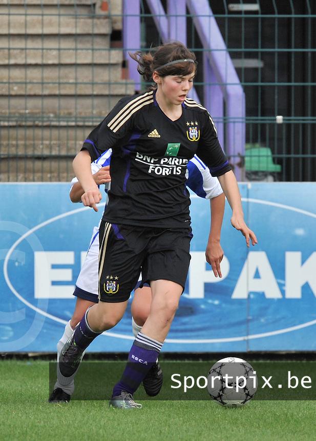 Rassing Harelbeke - RSC Anderlecht : Julie Van Gysel.fotografe Joke Vuylsteke - vrouwenteam.be