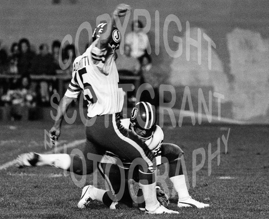 Bob Macoritti Saskatchewan Roughriders 1976. Photo F. Scott Grant