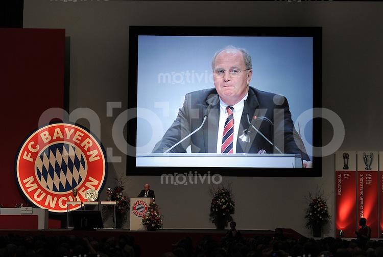 Fussball 1. Bundesliga :  Saison   2010/2011   30.11.2010 JHV , Jahreshauptversammlung beim FC Bayern Muenchen  Praesident Uli Hoeness (FC Bayern Muenchen)