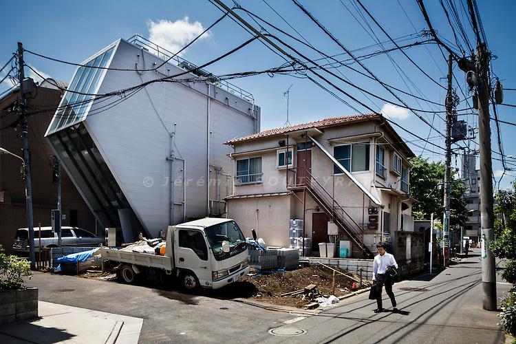 Tokyo, May 23 2012 - Edge Yard by October.