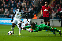 Saturday 17 August 2013<br /> <br /> Pictured: Nathan Dyer of Swansea and David de Gea of Manchester United<br /> <br /> Re: Barclays Premier League Swansea City v Manchester United at the Liberty Stadium, Swansea, Wales