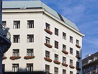 Raiffeisenbank im Looshaus,  Michaeler Platz 3, Wien, &Ouml;sterreich, UNESCO-Weltkulturerbe<br /> Raiffeisenbank in the Loos House, Michaeler Platz 3, Vienna, Austria, world heritage