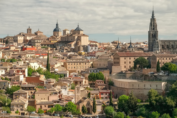 Toledo sits atop a circular hill, with the cathedral roughly dead-center and narrow streets that inter-twine in all directions.
