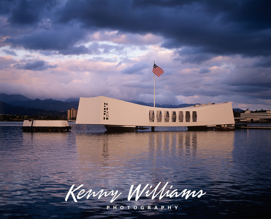 USS Arizona Battleship Memorial, Pearl Harbor, Oahu, Hawaii, USA.