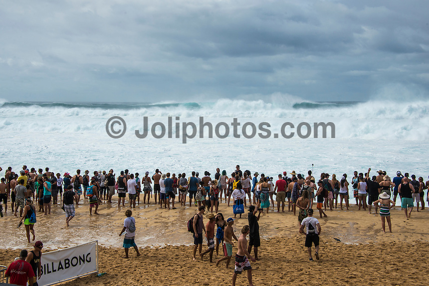 BANZAI PIPELINE, Oahu/Hawaii (Saturday, December 13, 2014)  A 3rd Reef was through around the time they were deciding to call the Pipeline contest  off for the day. - The final stop of the 2014  World Championship Tour, the Billabong Pipe Masters in Memory of Andy Irons, was  called ON today in NW double overhead surf. <br /> Round 1 was completed as the swell continued to rise and the Easterly Trade winds increased in strength. Kelly Slater (USA) kept his World Title hopes alive after winning his heat against Reef MacIntosh (HAW). Jordy Smith(ZAF) was injured when he hit the reef at Backdoor.<br /> Conditions worsen around the end of the Round and the event was first put on hold then postponed for the day.  <br /> <br /> The Billabong Pipe Masters in Memory of Andy Irons will determine this year&rsquo;s world surfing champion as well as those who qualify for the elite tour in 2015. As the third and final stop on the Vans Triple Crown of Surfing Series  the event will also determine the winner of the revered three-event leg.<br /> <br />  Photo: joliphotos.com