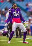 19 October 2014: Minnesota Vikings wide receiver Cordarrelle Patterson warms up prior to facing the Buffalo Bills at Ralph Wilson Stadium in Orchard Park, NY. The Bills defeated the Vikings 17-16 in a dramatic, last minute, comeback touchdown drive. Mandatory Credit: Ed Wolfstein Photo *** RAW (NEF) Image File Available ***