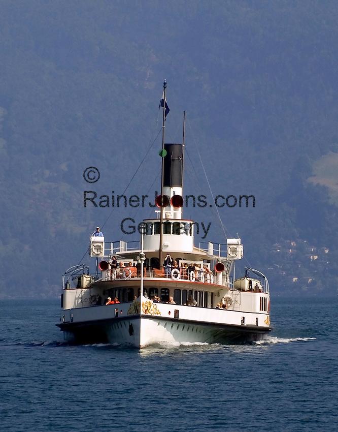 Switzerland, Canton Lucerne, Lake Lucerne: paddle steamer