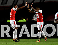 BOGOTA - COLOMBIA - 20 - 02 - 2018: Los jugadores de Independiente Santa Fe celebran el gol anotado a Santiago Wanderers, durante partido de vuelta entre Independiente Santa Fe (COL) y Santiago Wanderers (CHL), de la fase 3 llave 1, por la Copa Conmebol Libertadores 2018, jugado en el estadio Nemesio Camcho El Campin de la ciudad de Bogota. / The players of Independiente Santa Fe celebrate a scored goal to Santiago Wanderers, during a match for the second leg between Independiente Santa Fe (COL) and Santiago Wanderers (CHL), of the 3rd phase key 1, for the Copa Conmebol Libertadores 2018 at the Nemesio Camacho El Campin Stadium in Bogota city. Photo: VizzorImage  / Luis Ramirez / Staff.