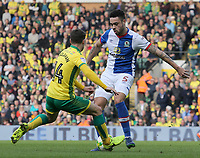 Blackburn Rovers' Derrick Williams takes on Norwich City's Wesley Hoolahan<br /> <br /> Photographer David Shipman/CameraSport<br /> <br /> The EFL Sky Bet Championship - Norwich City v Blackburn Rovers - Saturday 11th March 2017 - Carrow Road - Norwich<br /> <br /> World Copyright &copy; 2017 CameraSport. All rights reserved. 43 Linden Ave. Countesthorpe. Leicester. England. LE8 5PG - Tel: +44 (0) 116 277 4147 - admin@camerasport.com - www.camerasport.com