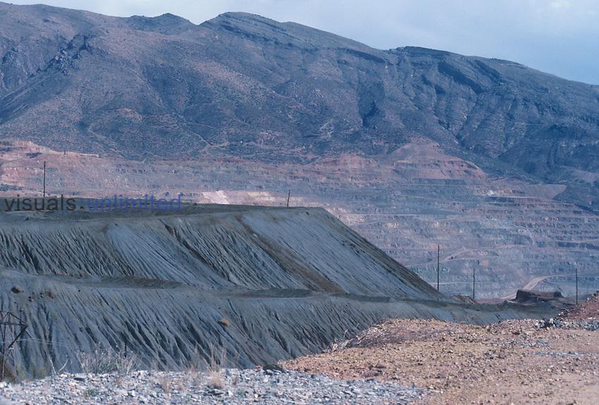Open pit copper mine, Arizona, USA.