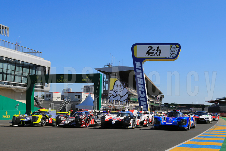 FIA WEC TEST DAY OFFICIAL PICTURES 24 HOURS OF LE MANS