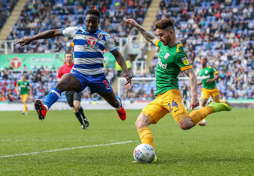 Preston North End's Sean Maguire  competing with Reading's Andy Yiadom <br /> <br /> Photographer Andrew Kearns/CameraSport<br /> <br /> The EFL Sky Bet Championship - Reading v Preston North End - Saturday 30th March 2019 - Madejski Stadium - Reading<br /> <br /> World Copyright © 2019 CameraSport. All rights reserved. 43 Linden Ave. Countesthorpe. Leicester. England. LE8 5PG - Tel: +44 (0) 116 277 4147 - admin@camerasport.com - www.camerasport.com