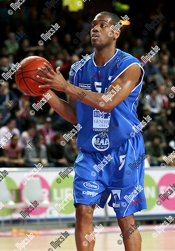 2008-01-19 / Basketbal / Antwerp Giants - Okapi Aalst / DeAndre Haynes (Okapi Aalst) ..Foto: Maarten Straetemans (SMB)