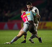Wasps' Willie Le Roux is tackled by Harlequins' Jamie Roberts<br /> <br /> Photographer Bob Bradford/CameraSport<br /> <br /> European Rugby Challenge Cup - Harlequins v Wasps - Sunday 13th January 2018 - Twickenham Stoop - London<br /> <br /> World Copyright &copy; 2018 CameraSport. All rights reserved. 43 Linden Ave. Countesthorpe. Leicester. England. LE8 5PG - Tel: +44 (0) 116 277 4147 - admin@camerasport.com - www.camerasport.com