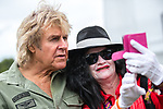 © Joel Goodman - 07973 332324. 06/08/2017 . Macclesfield , UK . Musician JOHN PARR meets a fan dressed as Michael Jackson ahead of his stage performance . The Rewind Festival , celebrating 1980s music and culture , at Capesthorne Hall in Siddington . Photo credit : Joel Goodman