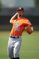 Houston Astros Aaron Mizell (55) warms up before an instructional league game against the Atlanta Braves on October 1, 2015 at the Osceola County Complex in Kissimmee, Florida.  (Mike Janes/Four Seam Images)