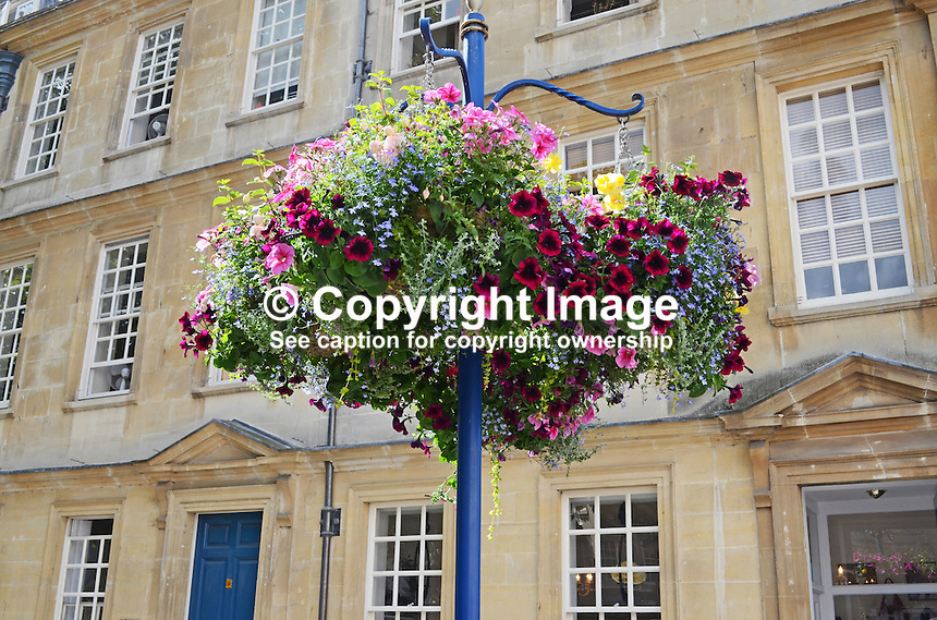 Bath, Somerset, UK, colourful city of outstanding architecture. Most buildings in Bath are made from the local, golden-coloured Bath Stone, and many date from the 18th and 19th century. 201407073313<br /> <br /> Copyright Image from Victor Patterson, 54 Dorchester Park, Belfast, UK, BT9 6RJ<br /> <br /> Tel: +44 28 9066 1296<br /> Mob: +44 7802 353836<br /> Voicemail +44 20 8816 7153<br /> w: victorpatterson.com<br /> <br /> e1: victorpatterson@me.com<br /> e2: victorpatterson@gmail.com<br /> <br /> <br /> IMPORTANT: Please see my Terms and Conditions of Use at www.victorpatterson.com