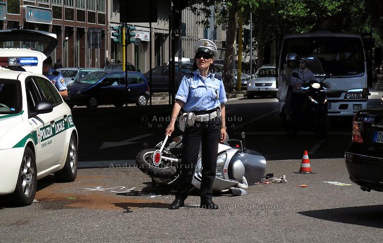 Italia, Milano, 10/06/2009..Vittime della strada..#####.Italy, Milan, 10/06/2009..Road accident victims..© Andrea Pagliarulo