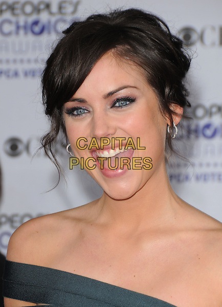 JESSICA STROUP.Arrivals at the 35th Annual People's Choice Awards held at The Shrine Auditorium in Los Angeles, California, USA..January 7th, 2009.headshot portrait off the shoulder mouth open .CAP/DVS.©Debbie VanStory/Capital Pictures.