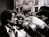 Behind the scenes photo of Bernardo Bertolucci &amp; Maria Schneider in Last Tango in Paris (1972)<br /> Ultimo tango a Parigi (original title)<br /> *Filmstill - Editorial Use Only*<br /> CAP/RFS<br /> Image supplied by Capital Pictures