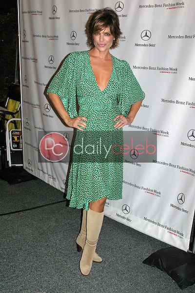Lisa Rinna<br />attending the second day of Mercedes-Benz Fashion Week. Smashbox, Culver City, CA. 10-17-05<br />Dave Edwards/DailyCeleb.com 818-249-4998