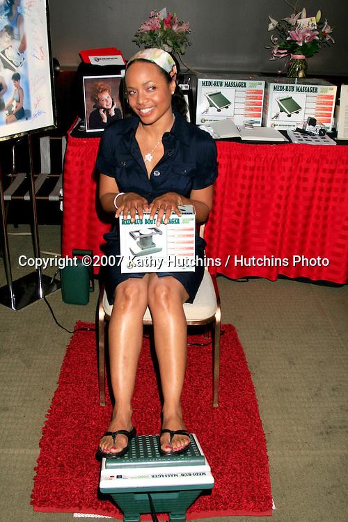 Gina Rivera.GBK Emmy Gifting Suite.Hollywood Roosevelt Hotel.Los Angeles,  CA.September 14, 2007.©2007 Kathy Hutchins / Hutchins Photo...