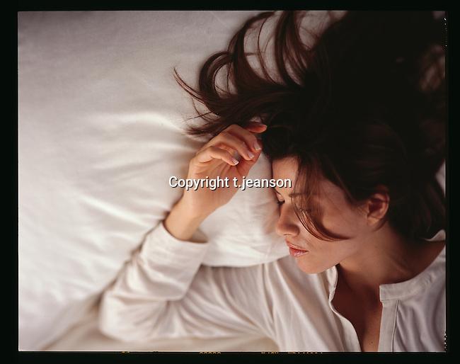 sleep girl,