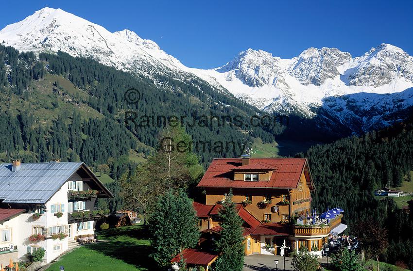 Oesterreich, Vorarlberg, Kleinwalsertal, Mittelberg vor Allgaeuer Alpen, Cafe | Austria, Vorarlberg, Kleinwalsertal (Little Walser Valley), Mittelberg with Allgaeu Alps, cafe