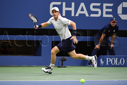 07.09.2016. Flushing Meadows, New York, USA. US Open Tennis Championships, mens singles quarter-final.  Andy Murray returns to Kei Nishikori (JPN) who won the game in 5 sets