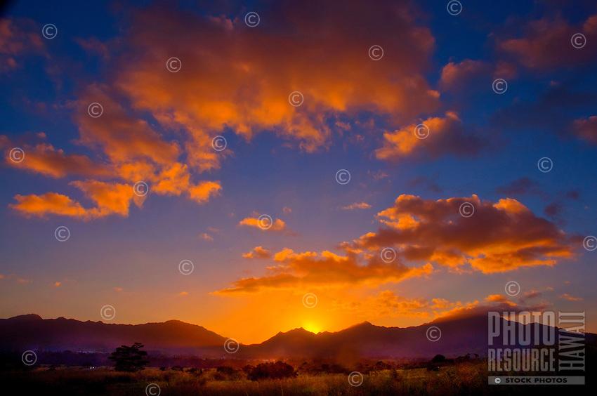 Sunset behind the Wai'anae Mountains, O'ahu.