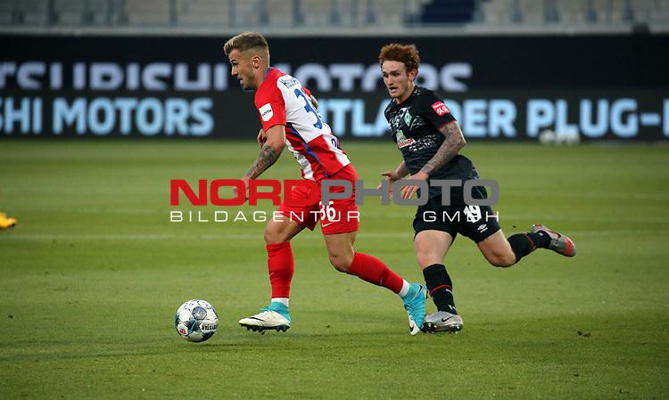 v.l. Niklas Dorsch (1. FC Heidenheim), Josua Sargent (SV Werder Bremen)<br /> <br /> Deutschland, Heidenheim, 06.07.2020, Fussball, Bundesliga, Saison 2019/2020, Relegation, 1. FC Heidenheim - SV Werder Bremen :nphgm001: 06.07.2020<br /> <br /> DFL/DFB REGULATIONS PROHIBIT ANY USE OF PHOTOGRAPHS AS IMAGE AND/OR QUASI-VIDEO<br /> <br /> Foto: Pressefoto Rudel/Robin Rudel/Pool/gumzmedia/nordphoto