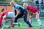Laren - Lisanne de Lange (Lar) tijdens de Livera hoofdklasse  hockeywedstrijd dames, Laren-Oranje Rood (1-3).  COPYRIGHT KOEN SUYK