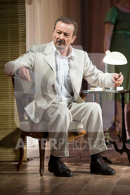 "Juan Diego during theater play of ""Una gata sobre un tejado de Cinc caliente"" at Reina Victoria theater in Madrid, Spain. March 15, 2017. (ALTERPHOTOS/BorjaB.Hojas)"