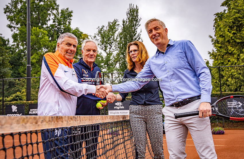 Oldenzaal, Netherlands, August 15, 2019, TC Ready, Old Stars Program, Tom Okker and Sjaak Swart<br /> Photo: Tennisimages/Henk Koster