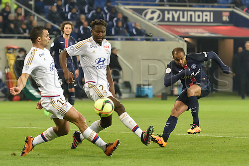28.02.2016. Lyon, France. French League 1 football. Olympique Lyon versus Paris St Germain.   Jeremy Morel and Mapou Yanga Mbiwa (lyon) cannot stop the goal from LUCAS MOURA (psg)