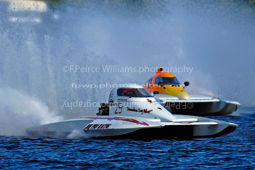 """Bobby Kennedy, S-25 """"Shameless"""" and Steve Armstrong, CS-11 """"Total Chaos"""" (2.5 Litre Stock hydroplane(s)"""