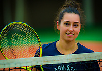 Alphen aan den Rijn, Netherlands, December 14, 2018, Tennispark Nieuwe Sloot, Ned. Loterij NK Tennis, Rosalie vd Hoek  (NED)<br /> Photo: Tennisimages/Henk Koster