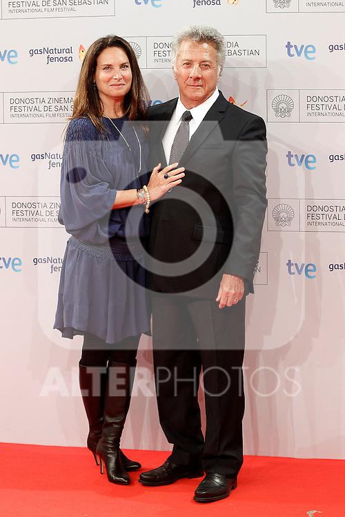 Dustin Hoffman (r) and his wifeLisa Gottsegen Hoffman attend the photocall before Special 60th Donisti Award gala during the 60th San Sebastian Donostia International Film Festival - Zinemaldia.September 29,2012.(ALTERPHOTOS/ALFAQUI/Acero)