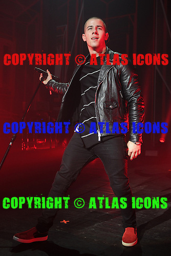 MIAMI BEACH, FL - SEPTEMBER 27 : Nick Jonas performs at The Fillmore on September 27, 2015 in Miami Beach, Florida. Credit Larry Marano © 2015