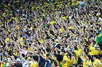 RIO DE JANEIRO, 30.06.2013 - COPA DAS CONFEDERAÇÕES - FINAL - BRASIL X ESPANHA -  Torcida durante partida da final da Copa das Confederações Estádio do Maracanã, na zona norte do Rio de Janeiro, neste domingo, 30. (Foto: Vanessa Carvalho / Brazil Photo Press)