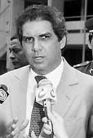 Jader Barbalho em entrevista quando visita o ISEP.<br /> 27/02/92<br /> Fotoo: Paulo Santos/ Interfoto
